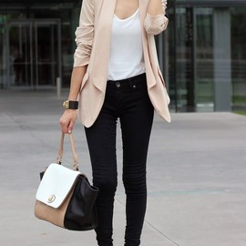 nude color_black/style