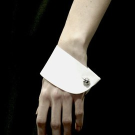 viktor and rolf - cuffs