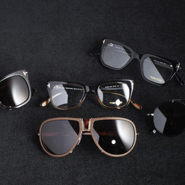 TOM FORD - eyewear