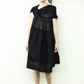 tricot COMME des GARÇONS - トリコ・コム デ ギャルソン(tricot COMME des GARÇONS) 2014年春夏コレクション Gallery20