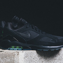 NIKE - Air Max 180 - Black/Volt