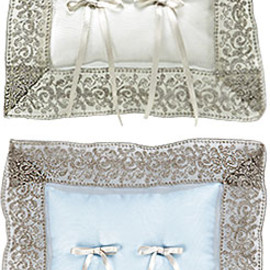 BARNEYS NEW YORK - lace ring pillow (order)