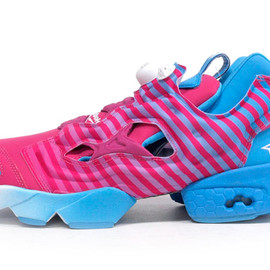 Reebok - INSTA PUMP FURY 「STAYREAL」