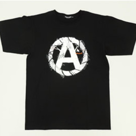 UNDERCOVERISM - L9813 CIRCLE A TEE -BLACK-