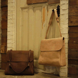 STYLE CRAFT - LEATHER SHOULDER BAG