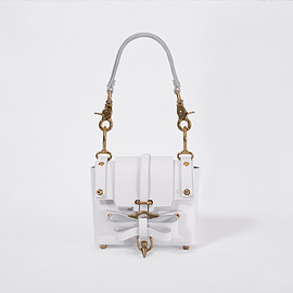 Niels Peeraer - Bow Buckle Bag Baby - White