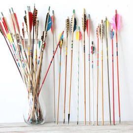 GallivantingGirls - Collection of Vintage Arrows (Set of 5)