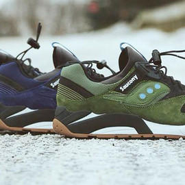 SAUCONY - GRID 9000 BLUE DOT PACK