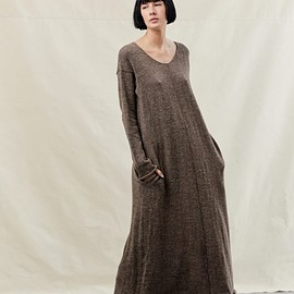 sisters of the black moon - didion dress