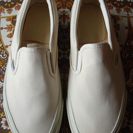 VANS - slip-on  white canvas  made in usa 1987
