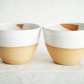 Julia Paul - Modern white pottery cups, two ceramic tea bowls, Forest series