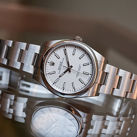 ROLEX - Oyster Perpetual 39 ref 114300 White Dial