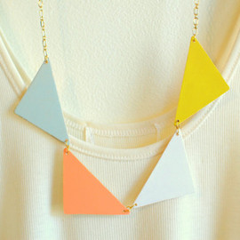 gold triangle necklace - geometric jewelry - minimalist