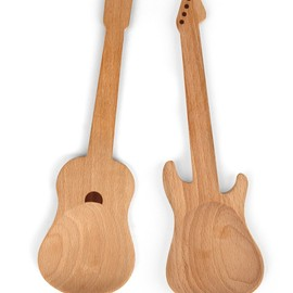 Kikkerland - Rockin Wooden Spoons, Set of 2