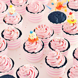 Sweetapolita - Black Velvet Cupcakes with Cherry Cream Cheese Frosting