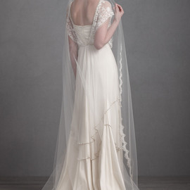 BHLDN - Curving Periphery Veil in Bride Veils & Headpieces
