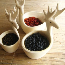mexchic - Exquisite Hand-Carved Deer Bowls
