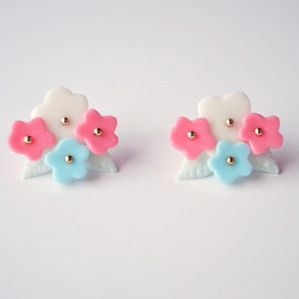 a cloudy dream - FLOWER BUNCH PIERCE 4FLOWERS RED/BLUE
