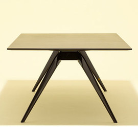 Fritz Hansen × Monocle - Limited Edition T-No. 1 Table