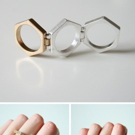 COS - Hinged Hexagon Ring / COS