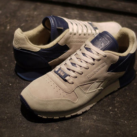 "Reebok - FRANK THE BUTCHER x Reebok CL LEATHER LUX ""CL LEATHER 30th ANNIVERSARY"""