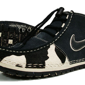 Nike - AIR CHUKKA-A