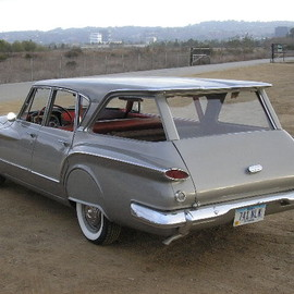 Chrysler - 1960 Plymouth Valiant Station Wagon