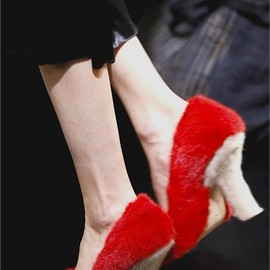 Céline - fur pumps