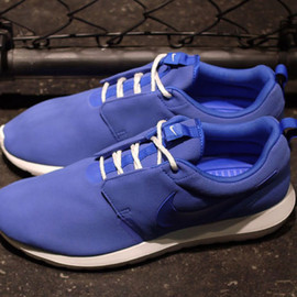 Nike - NIKE ROSHE RUN NM LIMITED EDITION for NONFUTURE/BLU/WHT