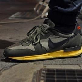Nike - Air Solstice Vintage - Medium Olive/Black/Orange
