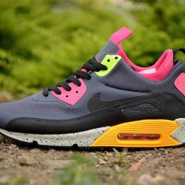 Nike - NIKE AIR MAX 90 MID SNEAKERBOOTS NO SEW GRIDIRON/BLACK/PINK FORCE/VOLT