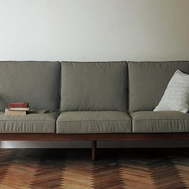 SlowHouse - H.W.F 3S SOFA