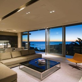 South Africa - First Crescent House at Lions Head, Camps Bay by SAOTA
