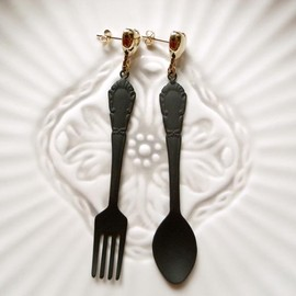 corchea - Black Restaurant Earrings