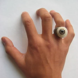 carol christian poell - fake eye ring