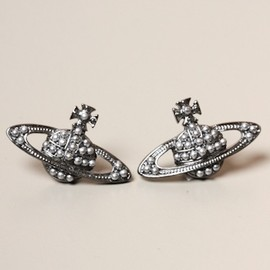 Vivienne Westwood - JEWELLERY Pebble Orb Stud in Gunmetal
