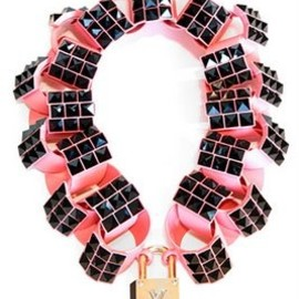 Louis Vuitton - necklace | pink & black