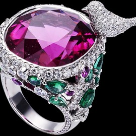 PIAGET - Limelight Garden Party ring