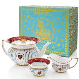 Wedgwood - Queen Of Hearts Teapot, Sugar And Creamer Set