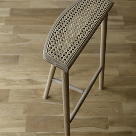 Mokuji Furniture - Stool