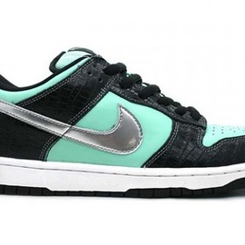 NIKE SB - Diamond Supply Co. x Nike SB Dunk Low