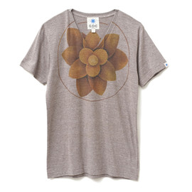 GDC - lotus v-neck  tee