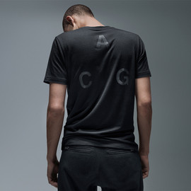 NIKE - NIKELAB ACG POCKET T-SHIRT