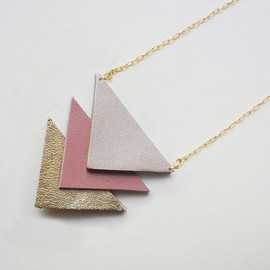 geometric leather necklace in pink & gold - free shipping