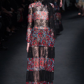 VALENTINO - FW2015 Look 67(Grace Simmons)