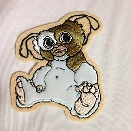 Gremlins - Gremlin gizmo embroidery iron badge