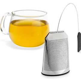 Claus Jensen & Henrik Holbaek - Tea Bag Tea Infuser