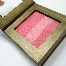 Physicians Formula - Cashmere Wear Ultra-Smoothing Blush