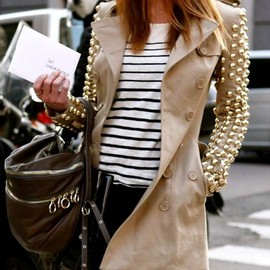 BURBERRY - studded trench