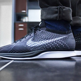 Nike - Nike Flyknit Racer   Dark Grey   White   Black